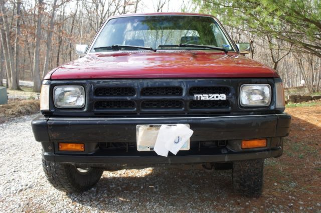 Mazda B2600i 4x4 truck for sale: photos, technical