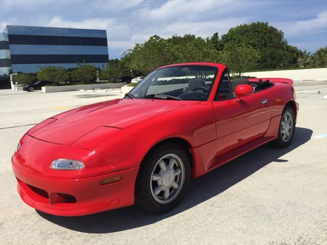 mazda mx 5 miata low miles 5 speed new top body kit spoiler garage kept showcar for sale photos. Black Bedroom Furniture Sets. Home Design Ideas