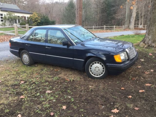 1991 Mercedes-Benz 300-Series