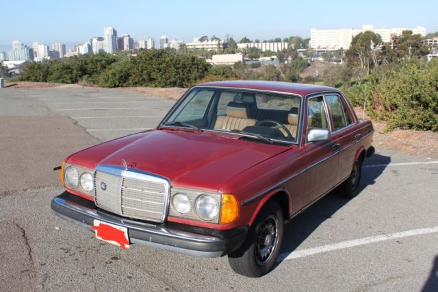 1978 Mercedes-Benz 200-Series