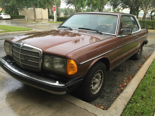1979 Mercedes-Benz 300-Series CDI