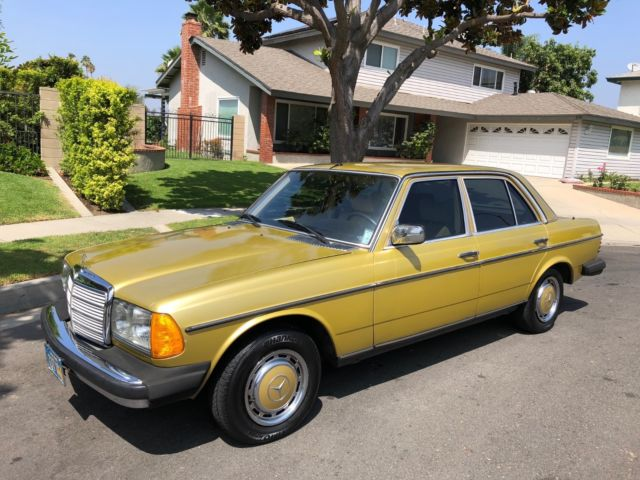 1978 Mercedes-Benz 300-Series Base