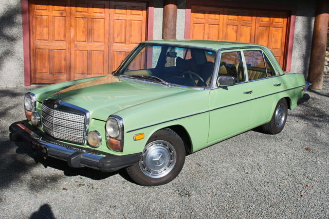Mercedes 300d w115 for sale photos technical for Mercedes benz w115 for sale
