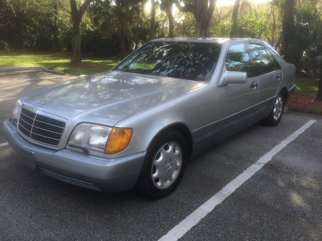 1992 Mercedes-Benz 400-Series 400SE (S420)