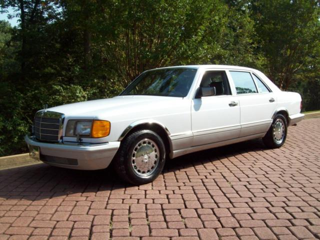 1989 Mercedes-Benz 400-Series SEL