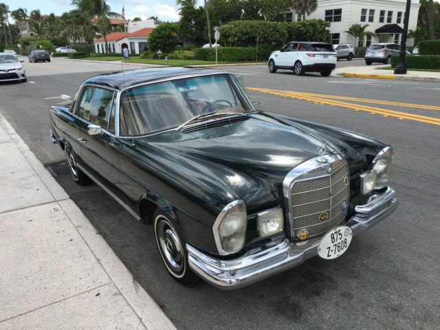 1967 Mercedes-Benz 200-Series 250 SE Coupe