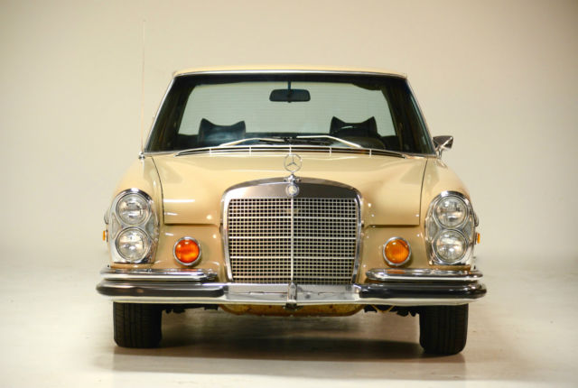 1972 Mercedes-Benz 200-Series 280 SE Sedan 4.5L