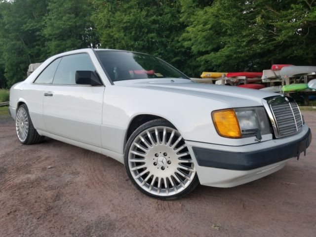 Mercedes-Benz 300 ce coupe w124 for sale: photos, technical