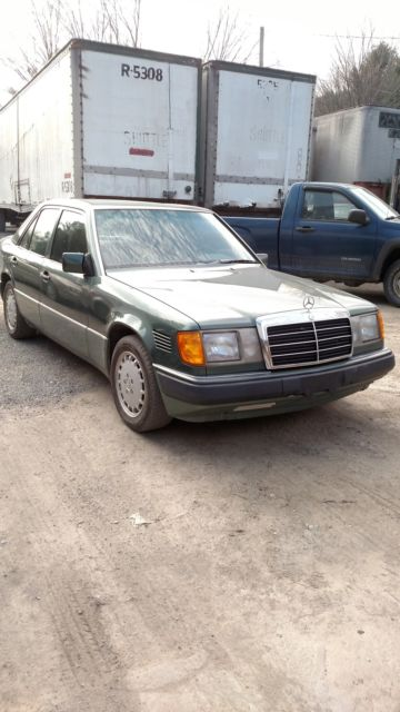 1993 Mercedes-Benz 300-Series D
