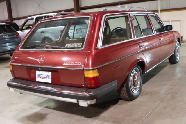 mercedes benz 300d diesel wagon serviced for sale photos technical specifications description. Black Bedroom Furniture Sets. Home Design Ideas