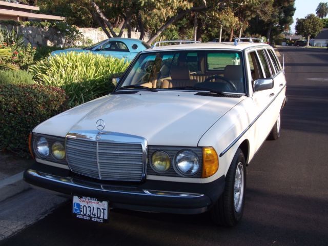 1984 Mercedes-Benz 300-Series Wagon