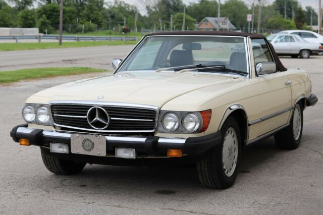 Mercedes Benz 380SL / Great Condition / Clean Title