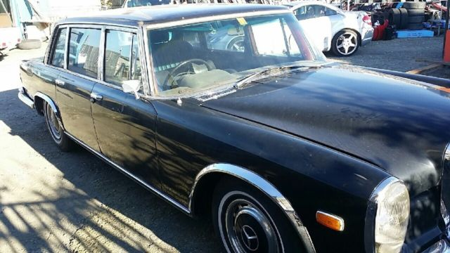 Mercedes benz 600 w100 1 of 273 rhd ever cars built for Where mercedes benz cars are made