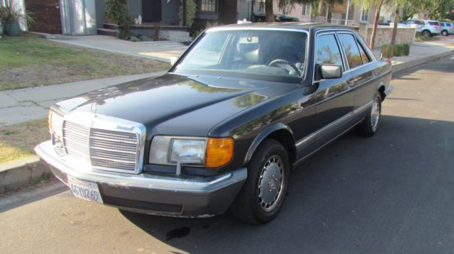 1990 Mercedes-Benz 300-Series 300 SE