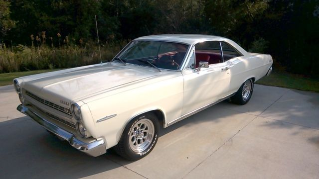 1966 Mercury Comet Caliente 2 door