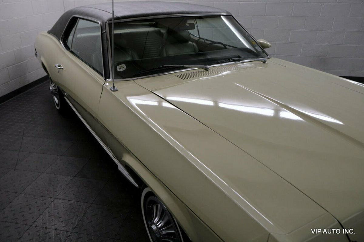 1969 Yellow Mercury Cougar Coupe with SAGE interior