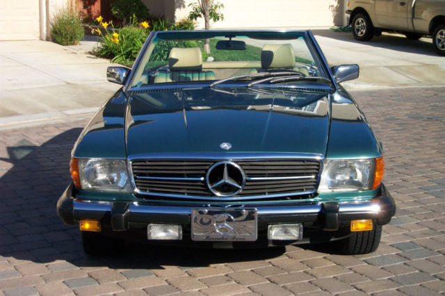 1983 Mercedes-Benz SL-Class Coupe 2-door
