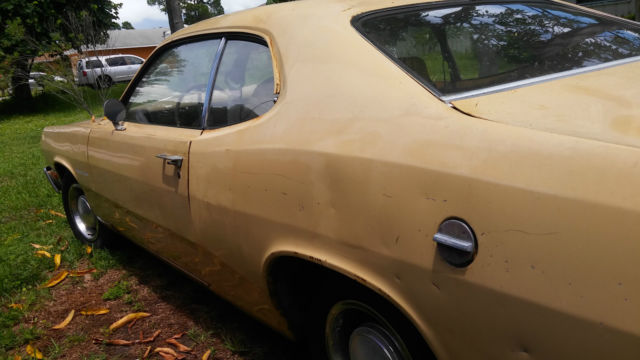 Mopar 76 Plymouth Feather Duster 4 Speed for sale: photos