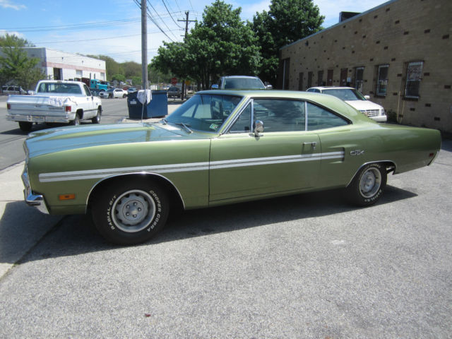 1970 Plymouth GTX 440 BUCKETS CONSOLE VERY CLEAN