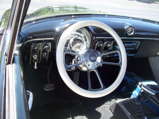 Nice 1953 Ford Customline Street Rod-Tilt Front End-302 HO