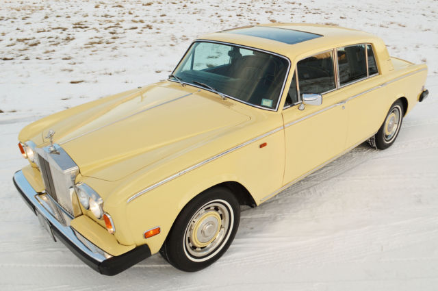 1977 Rolls-Royce Silver Shadow - 4 door sedan