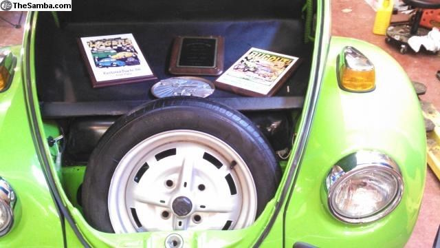 1975 Green Volkswagen Beetle - Classic Sedan with Tan interior