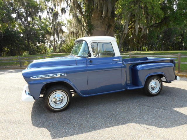 1959 Chevrolet 3100 APACHE PICK UP