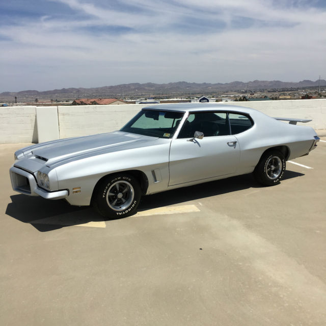 1972 Pontiac GTO RARE RAM AIR HOOD 4 SPEED GTO LEMANS COUPE