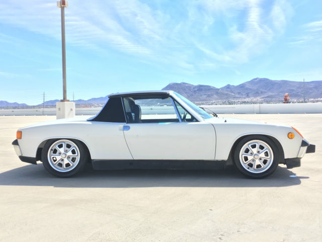 1973 Porsche 914 RARE GERMAN 914 2.0 WHITE AND BLACK TARGA COUPE