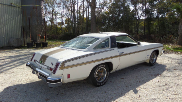 1974 Oldsmobile Cutlass 2 DOOR