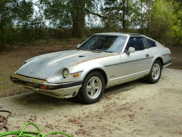 NO RESERVE !!! 1983 DATSUN NISSAN 280ZX 5 SPEED ALL ORIGINAL FOR REPAIR OR PARTS