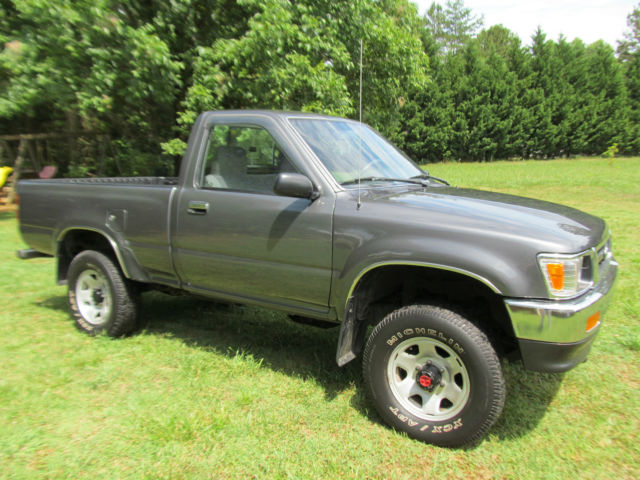 1992 Toyota Pickup NO RESERVE, Only 88,000 miles, Rare automatic