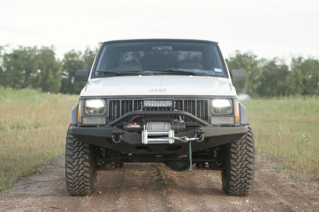 no reserve 1994 jeep cherokee xj 2 door 4x4 i6 4 0l for sale photos technical specifications. Black Bedroom Furniture Sets. Home Design Ideas