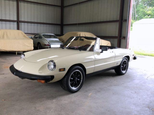 NO RESERVE AUCTION Carbureted 1980 Alfa Romeo Spider Veloce