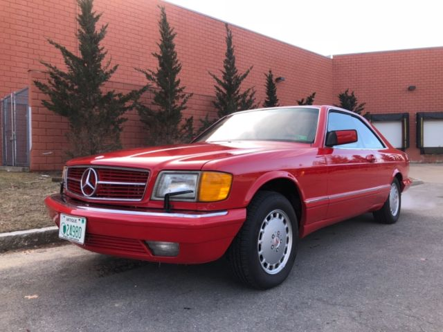 1988 Mercedes-Benz 500-Series 560 SEC/ 2 DOOR COUPE