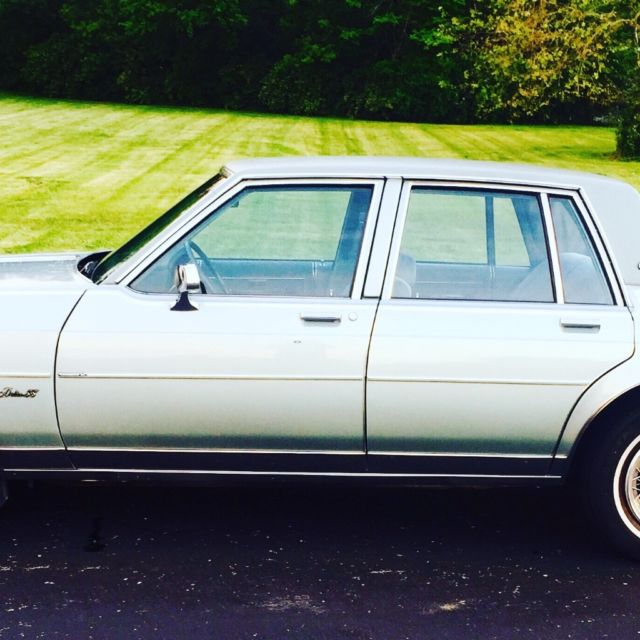 1982 Oldsmobile Eighty-Eight Royale Brougham