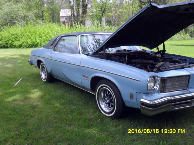 1975 Oldsmobile Cutlass Cutlas Salon
