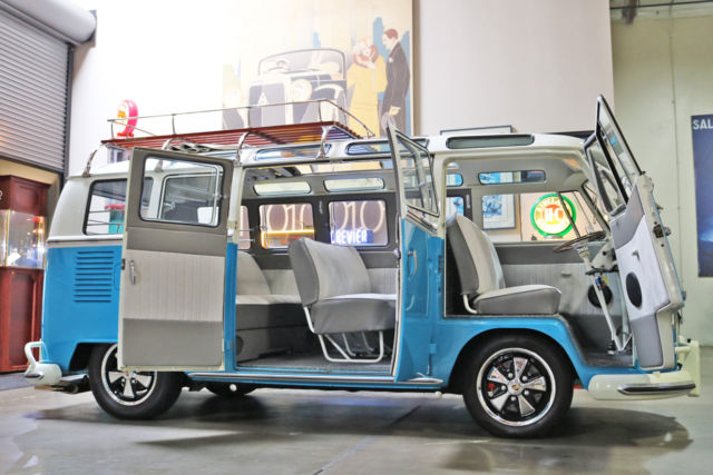 1967 Volkswagen Bus/Vanagon REAL 21 WINDOW BUS
