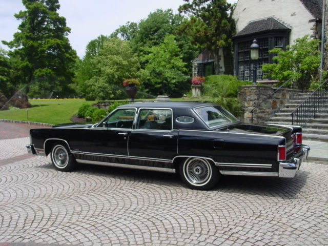 one owner 1979 lincoln town car garaged since new original continental 1977 1978 for sale. Black Bedroom Furniture Sets. Home Design Ideas
