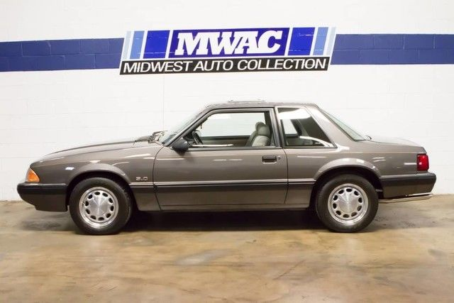 1990 Ford Mustang LX NOTCHBACK
