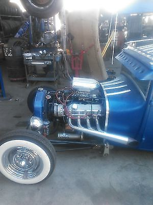 1927 Ford Model A 5 window coupe, with orig. flip out windshield