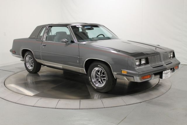 1985 Oldsmobile Cutlass 2dr Coupe Sa