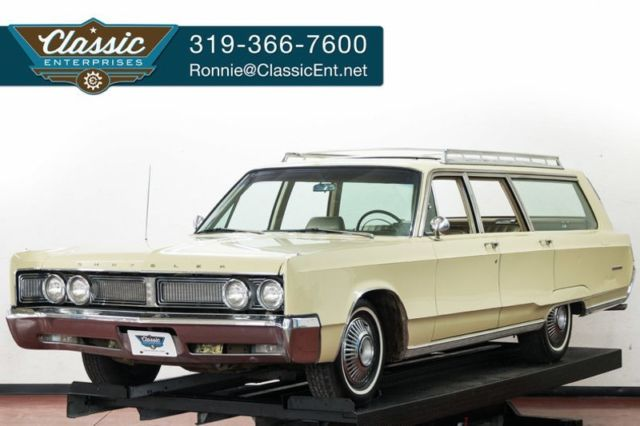 1967 Chrysler Town & Country Wagon a time capsule classic family hauler 68k mi.