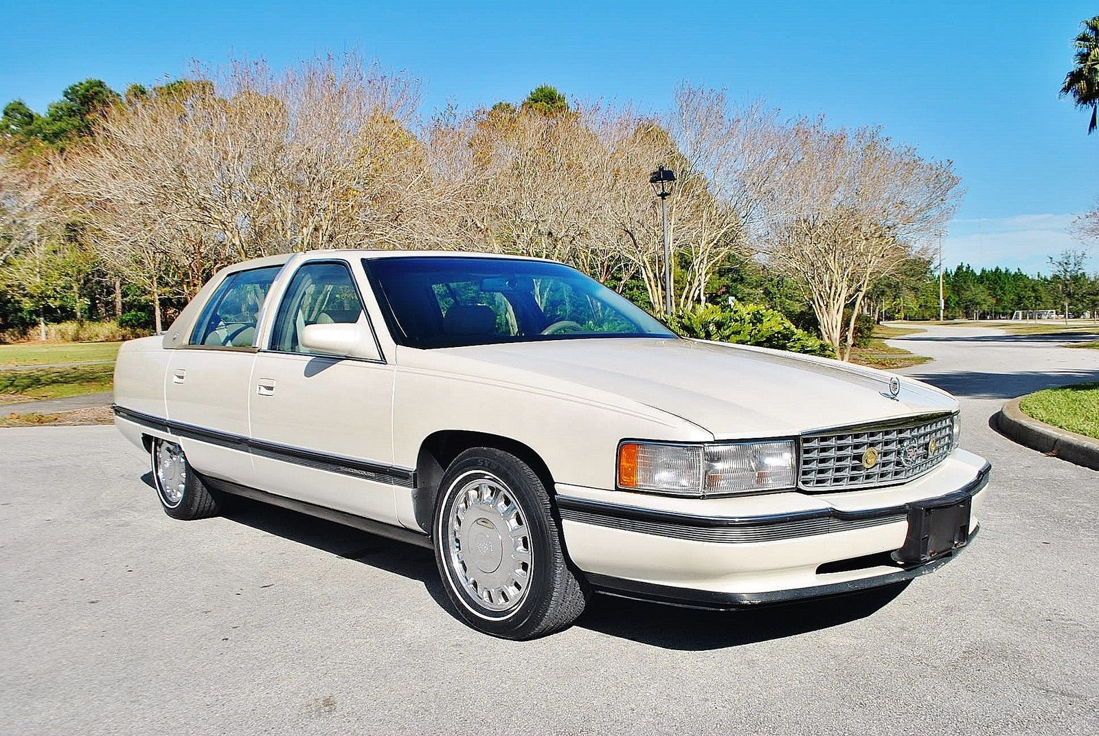 1994 Cadillac DeVille Wow and mint original florida car.
