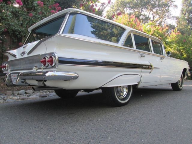 1960 Chevrolet Nomad Power Glide A/T P/S P/B 283 V8 Beautiful Wagon