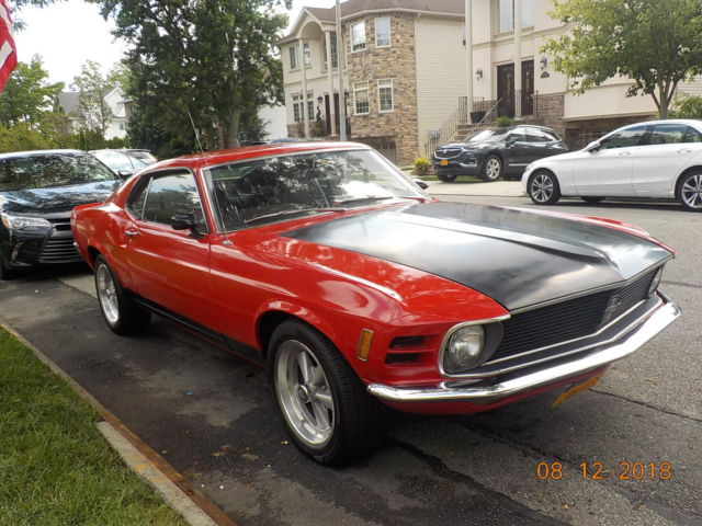 1970 Ford Mustang 302 4v high Performance engine very fast car!