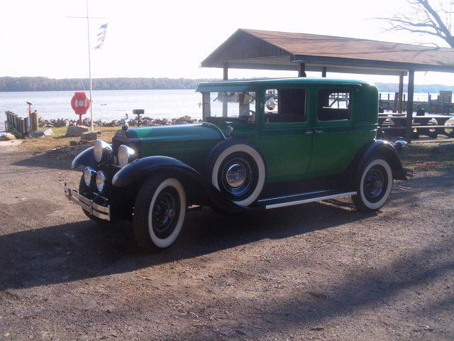 1929 Black/Green two tone Packard Model 633 633 Club Sedan with Light Brown interior