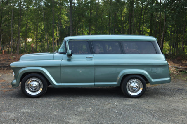 1957 Chevrolet Suburban carryall Three door