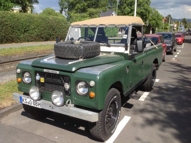1980 Land Rover Series 3 ,Type 109, V8 Stage One fully Softtop, extra Bikini Top