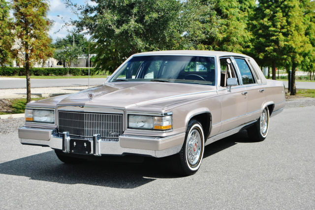 1990 Cadillac Fleetwood Simply mint 1 owner 38ks with 5.7 v-8